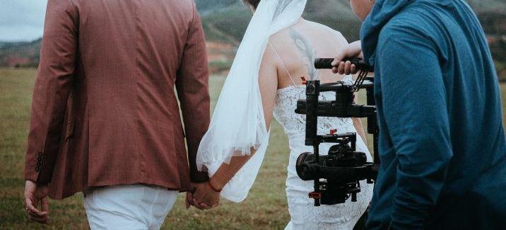 Quay video đám cưới