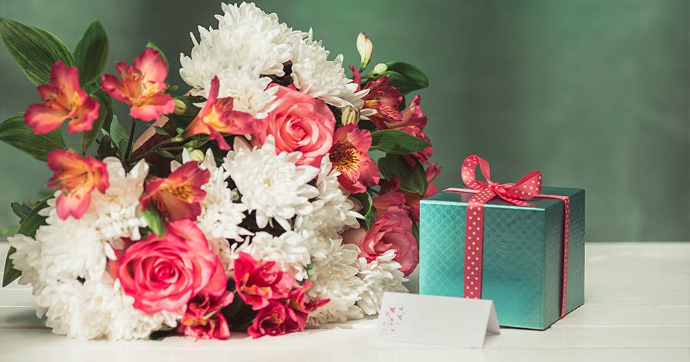 Phông nền giúp hoa thêm nổi bật